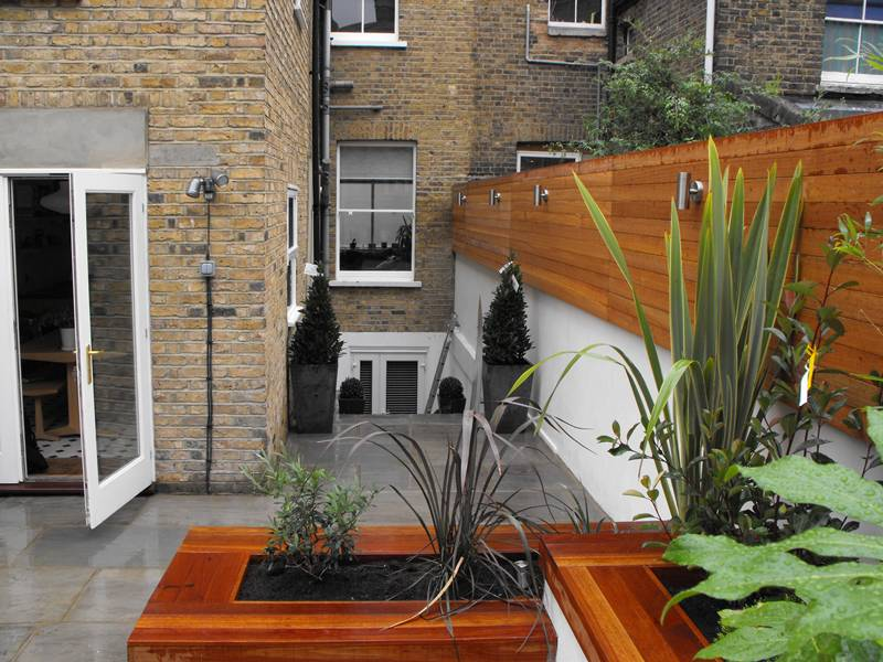 Small Courtyard Garden Design Ideas 800 x 600