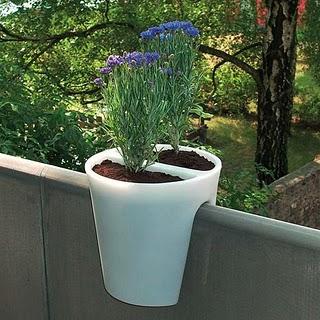 balcony-planter-michael-hilgers.jpg