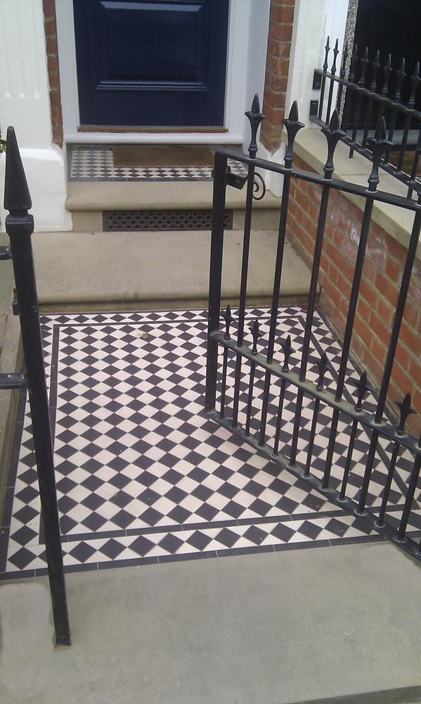 yorkstone-victorian-mosaic-rails-london.jpg