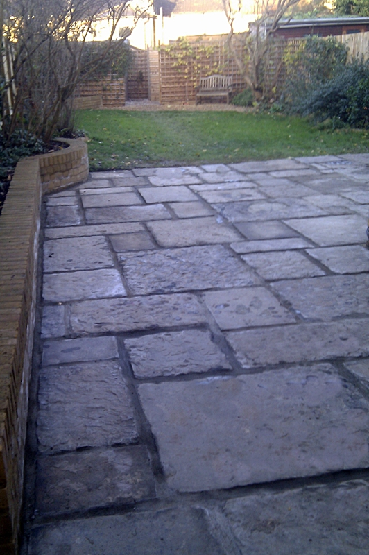 classic-old-antique-yorkstone-paving-london-dulwich.jpg