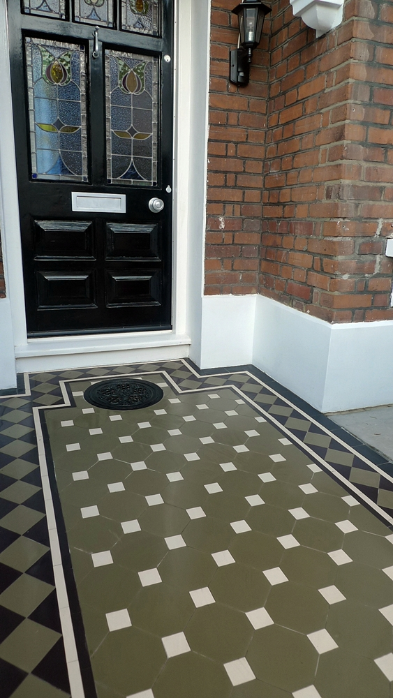 classic-victorian-tile-path-mosaic-green-and-black-original-style-nottingham.jpg