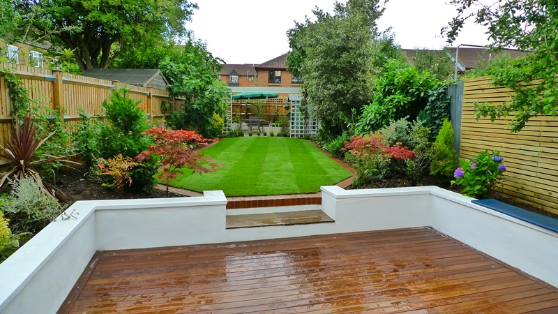 London garden design ideas london garden blog for Garden decking designs uk