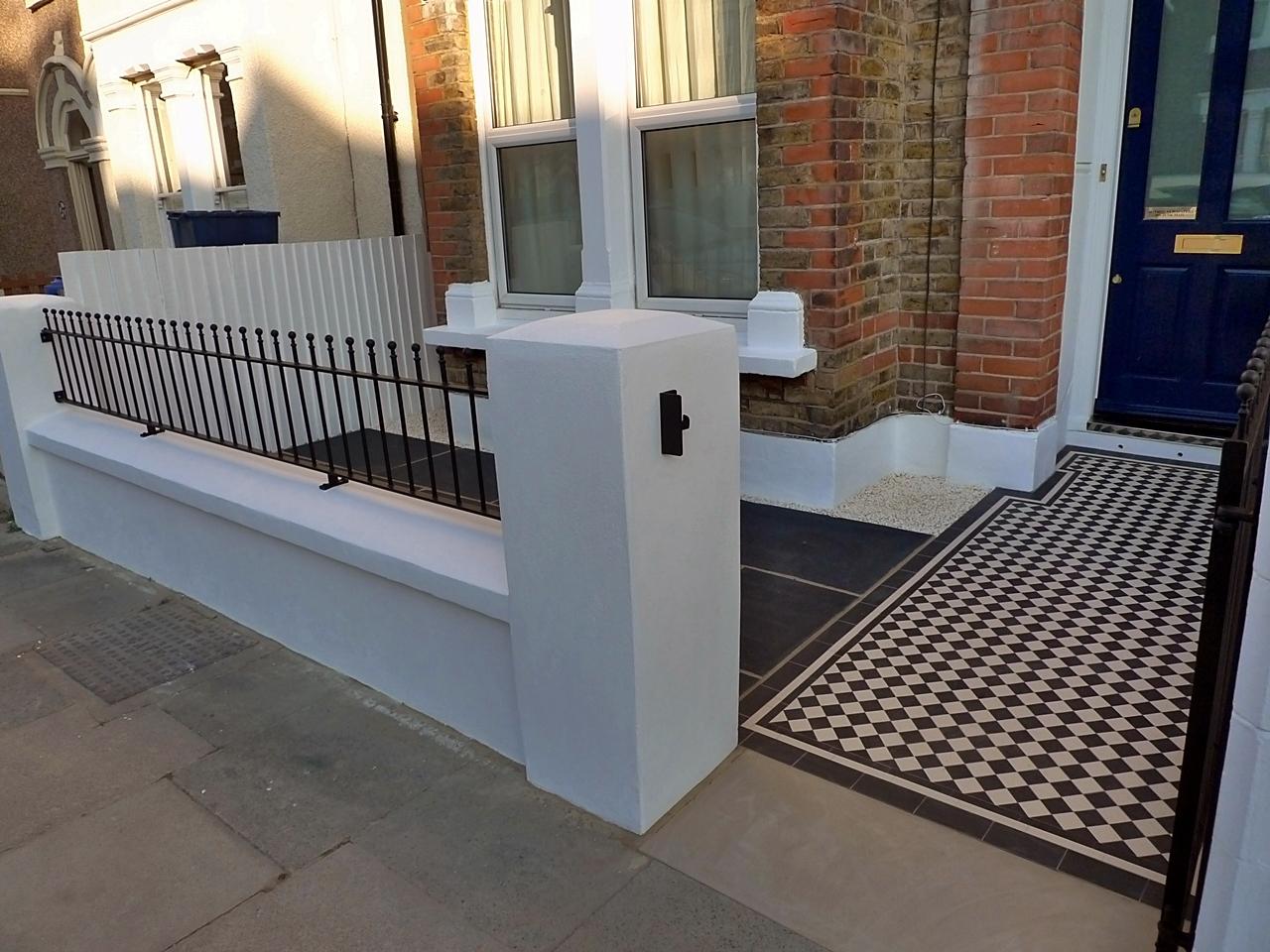 classic-victorian-balck-and-white-mosaic-tile-path-anewgarden-london.JPG