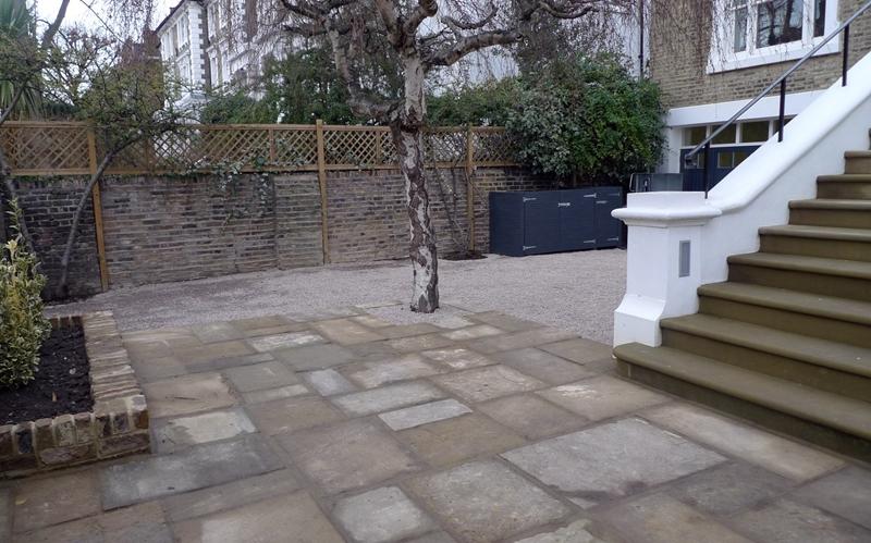london-stone-chippings-shingle-stone-driveway-yorkstone-paving-bin-tidy-and-natural-stone-steps-london.JPG