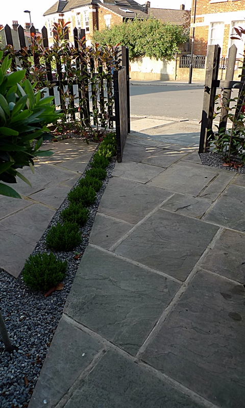pimlico-paving-front-garden-sandstone-paving-london.JPG