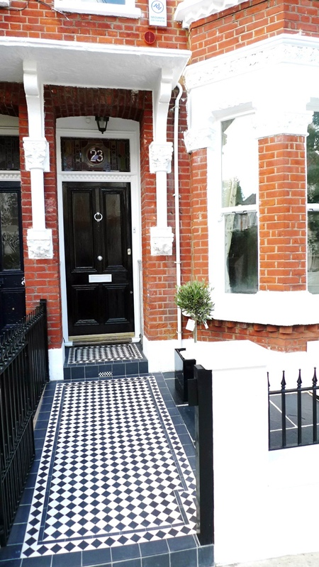 victorian-black-and-white-tile-mosaic-path-london-clapham-anewgarden.JPG