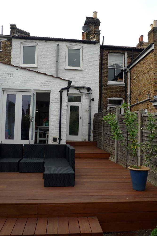 balau-decking-builders-london-hardwood-qulaity-decking-installation.JPG