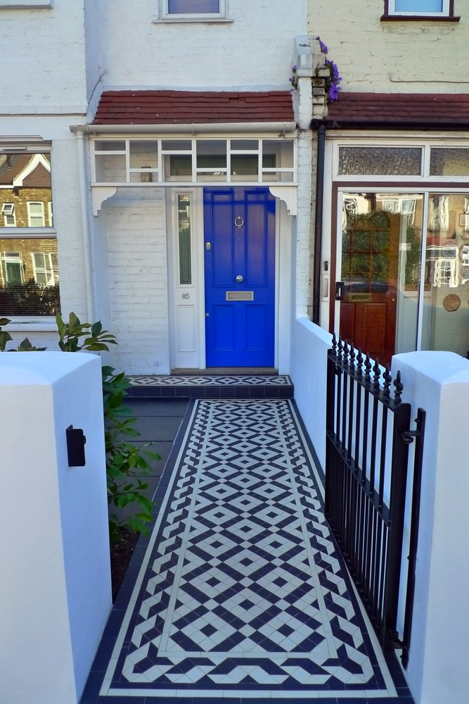Front garden on pinterest front gardens mosaic tiles - Front garden ideas victorian house ...