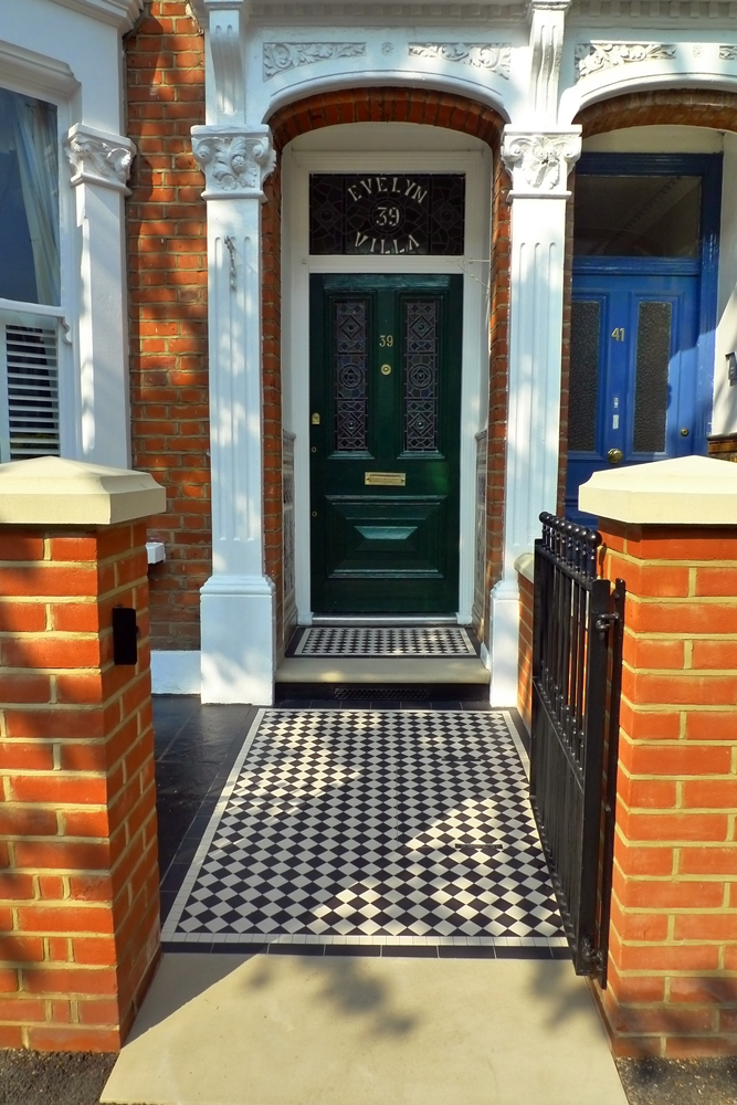 Yorkstone Bull Nose Step And Entrance Stone With