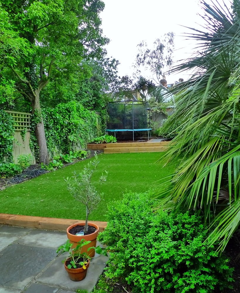 artificial-grass-turf-lawn.JPG
