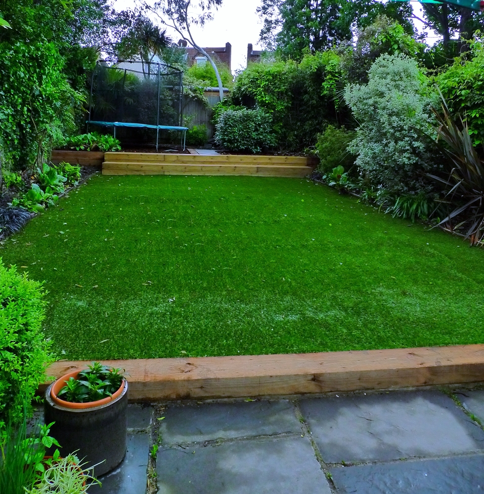 lawn-turf-supply-london.JPG