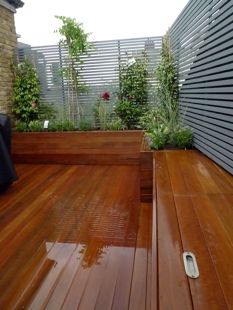 Small garden privacy ideas photograph deck privacy sc for Small garden design ideas decking