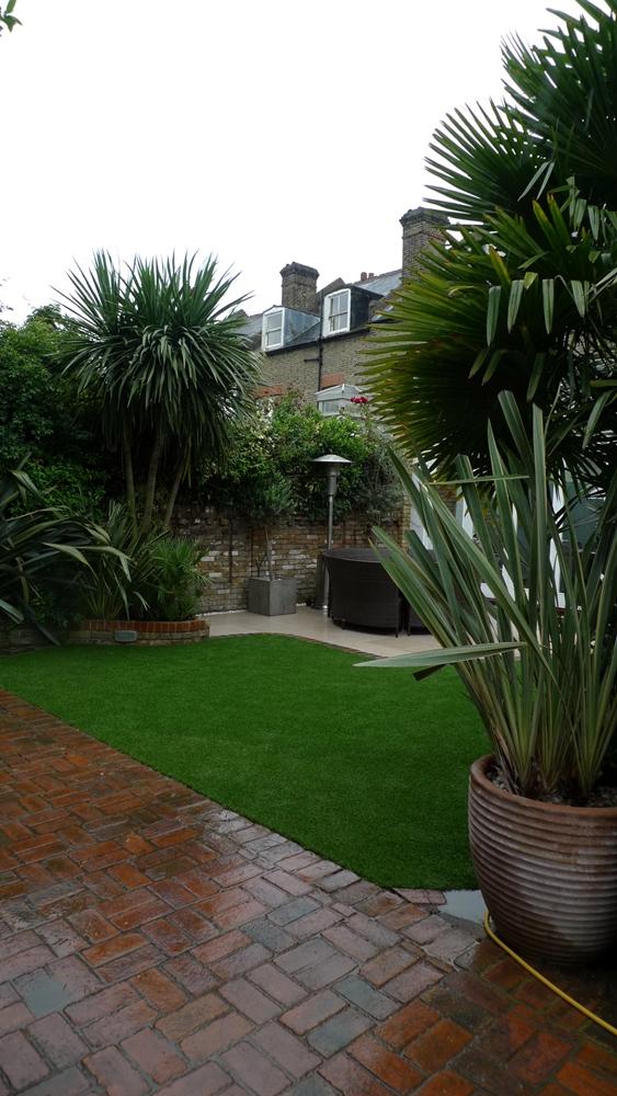 brick-driveway-fake-grass-limestone-paving-patio-clapham.JPG