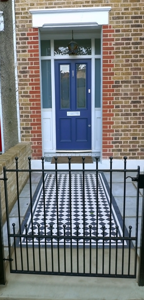 south-east-london-black-and-white-victorian-style-mosaic-tile-path.JPG