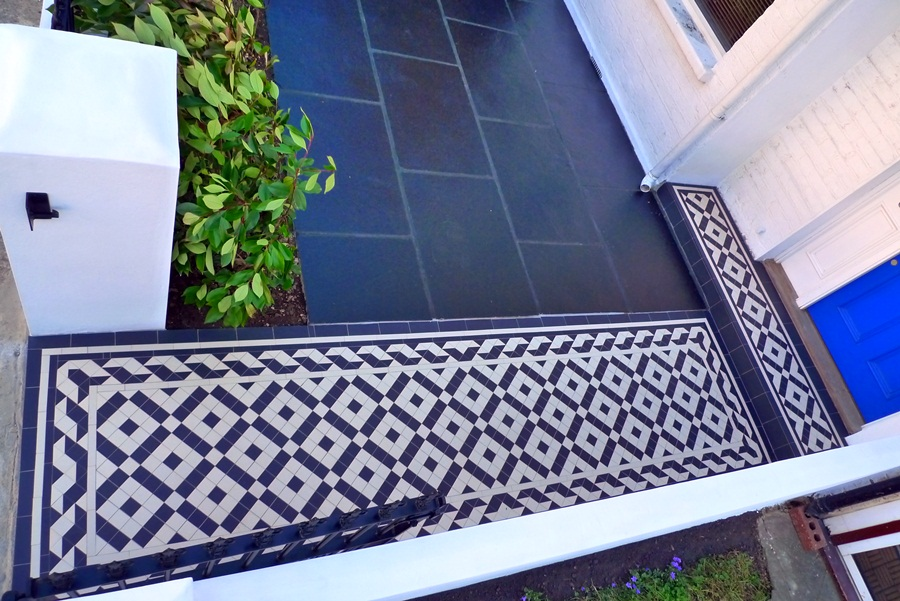 colliford-victorian-black-and-white-tile-path.JPG