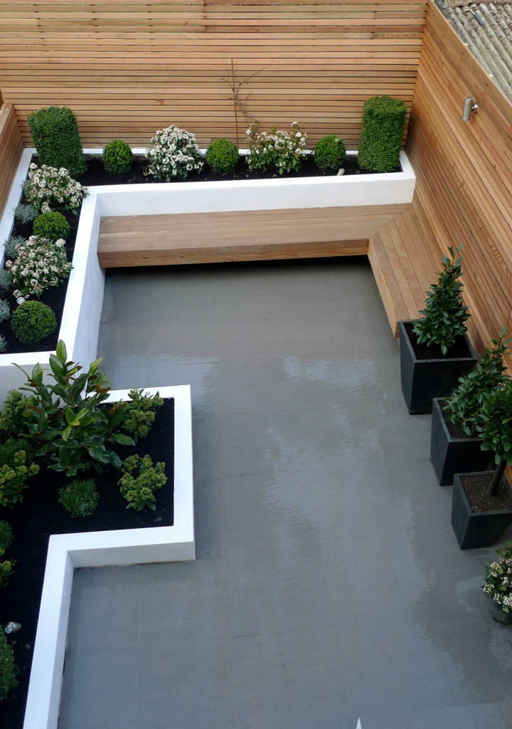 Modern garden design london garden blog for Small garden design