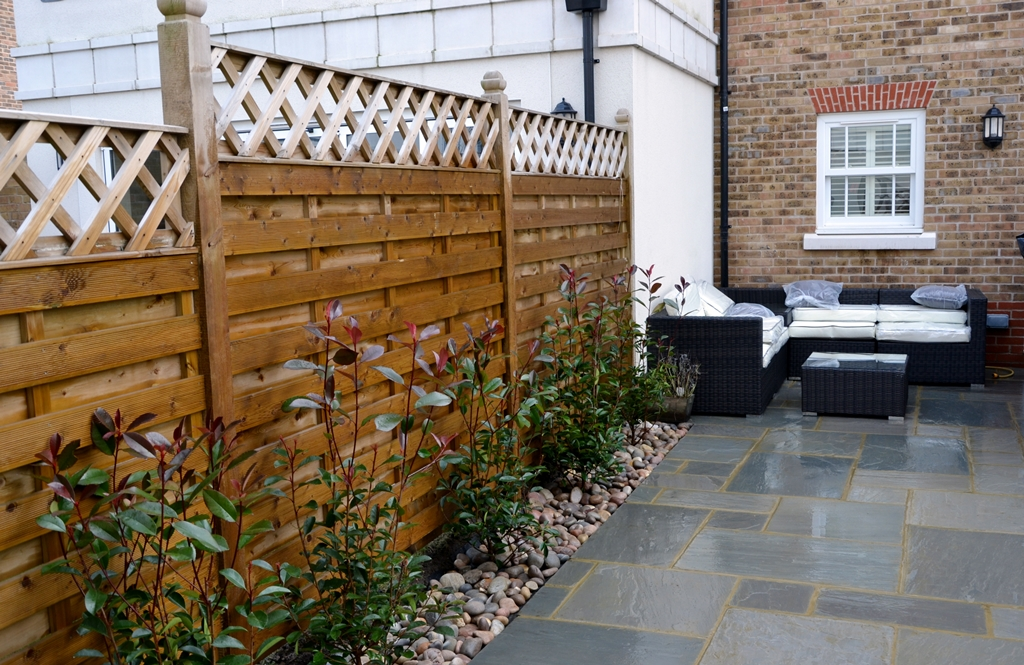 modern-low-maintenace-patio-paving-indian-sandstone-london-garden-small.JPG