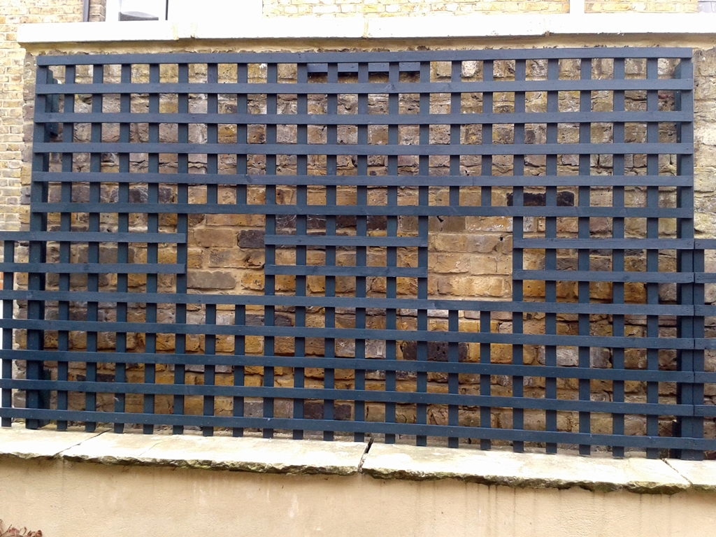 bespoke trellis screen for top of wall Clapham london