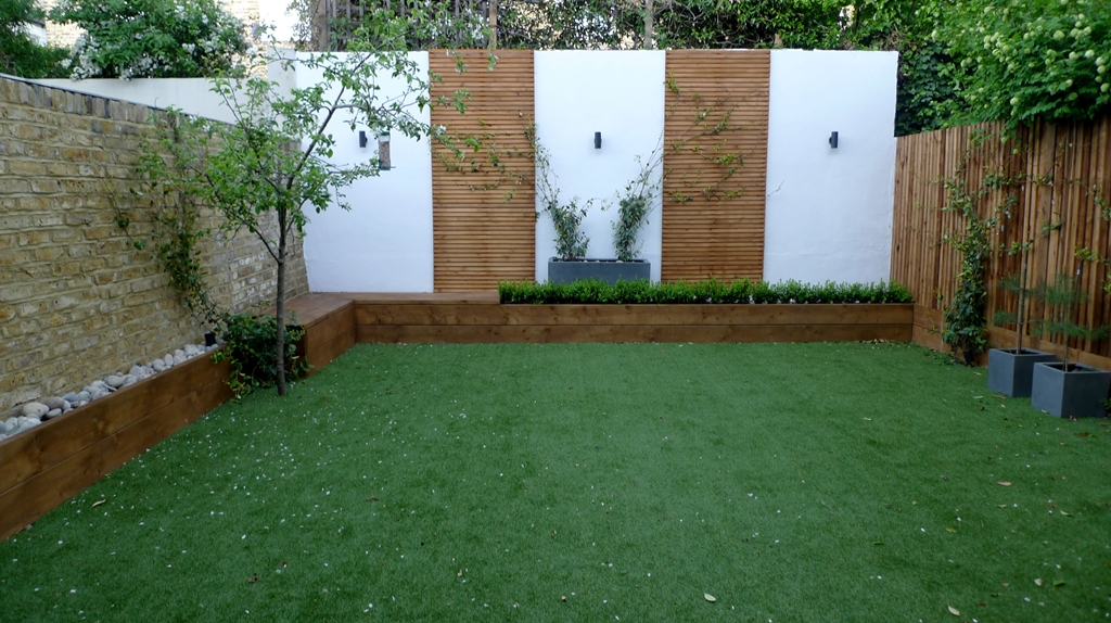 Deck london garden blog Garden wall color ideas