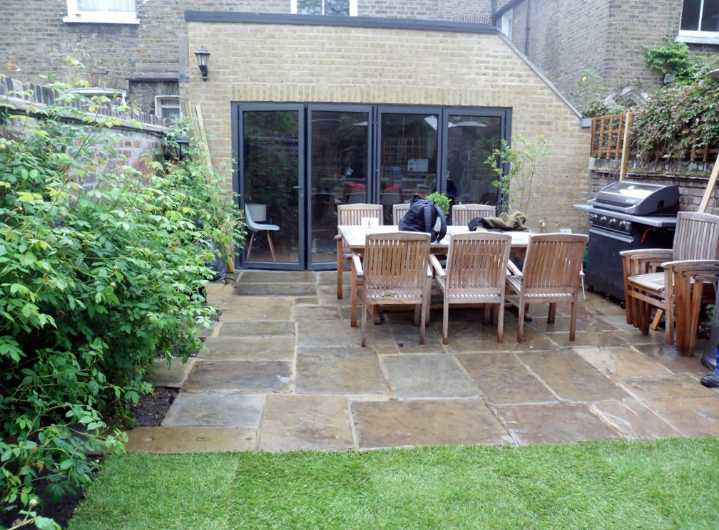 york stone patio paving in Fulham London Yorkstone antique paving