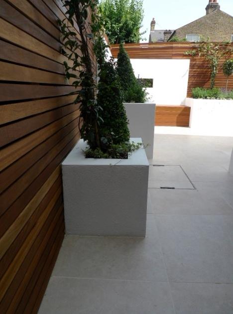 hardwood screen small london garden design dulwich