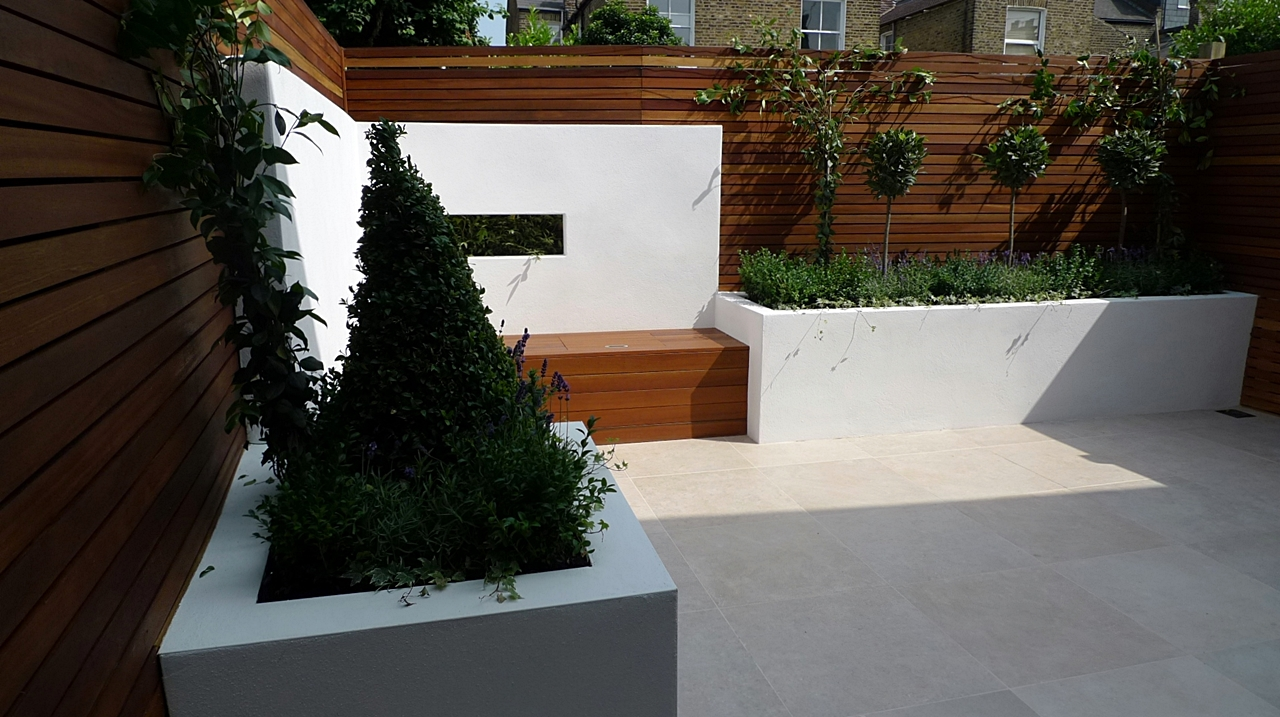 Stylish modern small london garden design london garden blog for Landscape design london