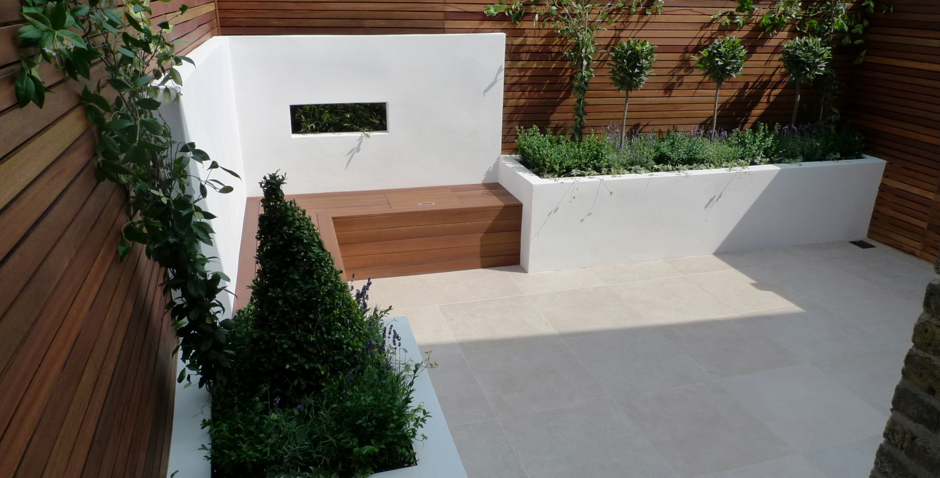 pimlico paving small garden travertine london