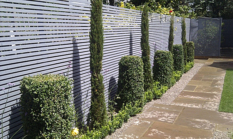 H g exterior decorating on pinterest fencing fence for Horizontal garden screening