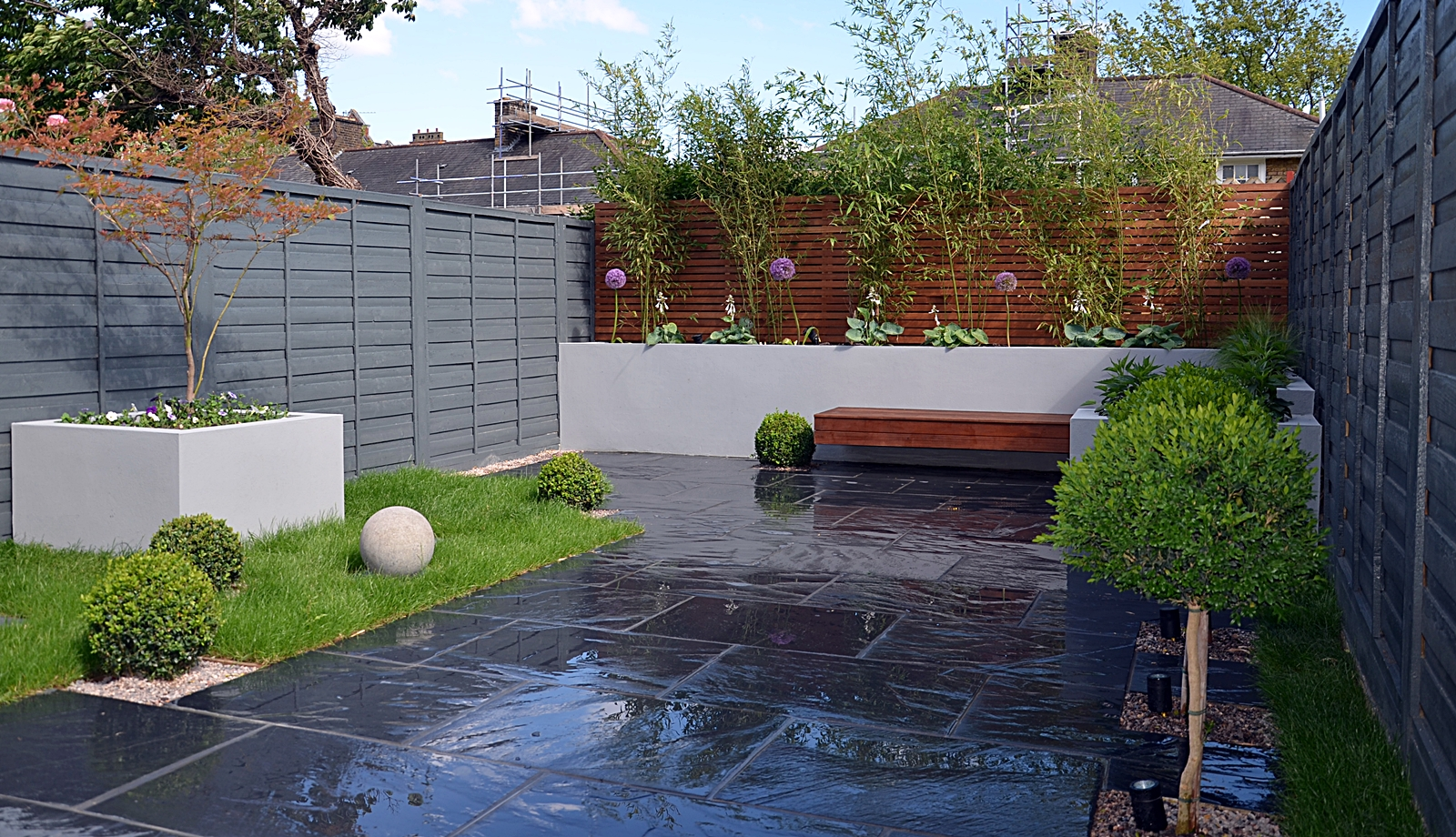 Modern garden design london london garden blog for Garden patio design ideas