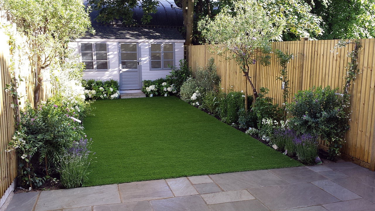 modern low maintenance london garden design london