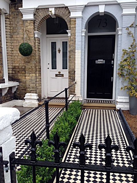 Victorian Mosaic tile Path York stone Bullnose Entrance Stone Wrought Iron Metal Rail & Gate Victorian Path Edge Border Tile Balham London (2)