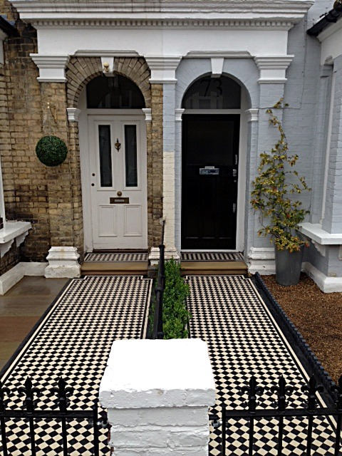 Victorian Mosaic tile Path York stone Bullnose Entrance Stone Wrought Iron Metal Rail & Gate Victorian Path Edge Border Tile Balham London (4)