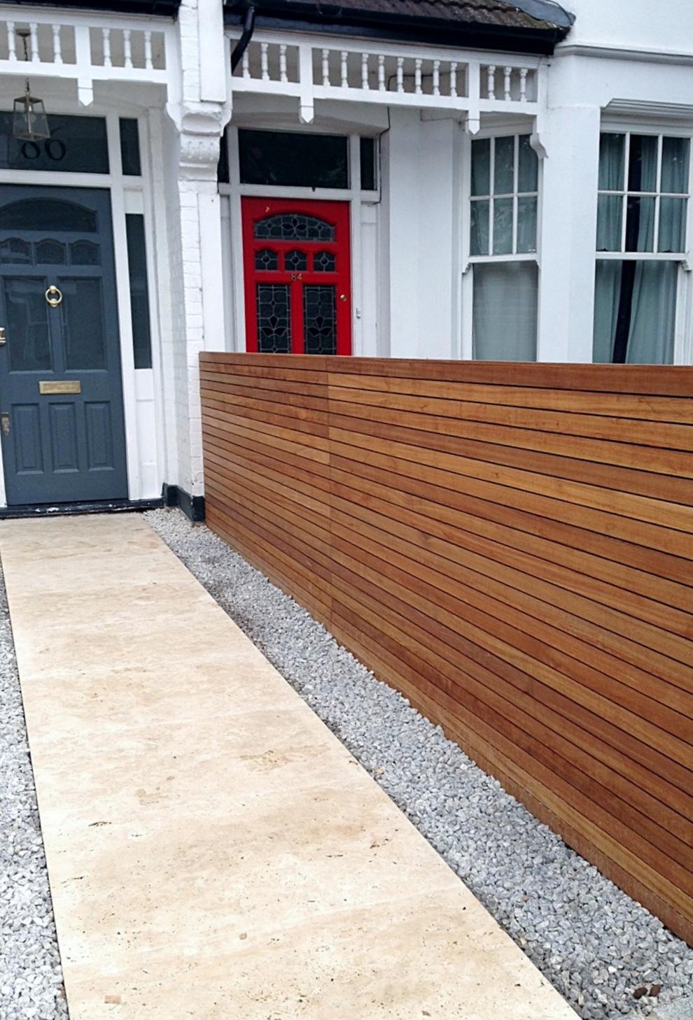 front garden drivewat gravel travertine paving path hardwood privacy screen trellis tooting london (13)
