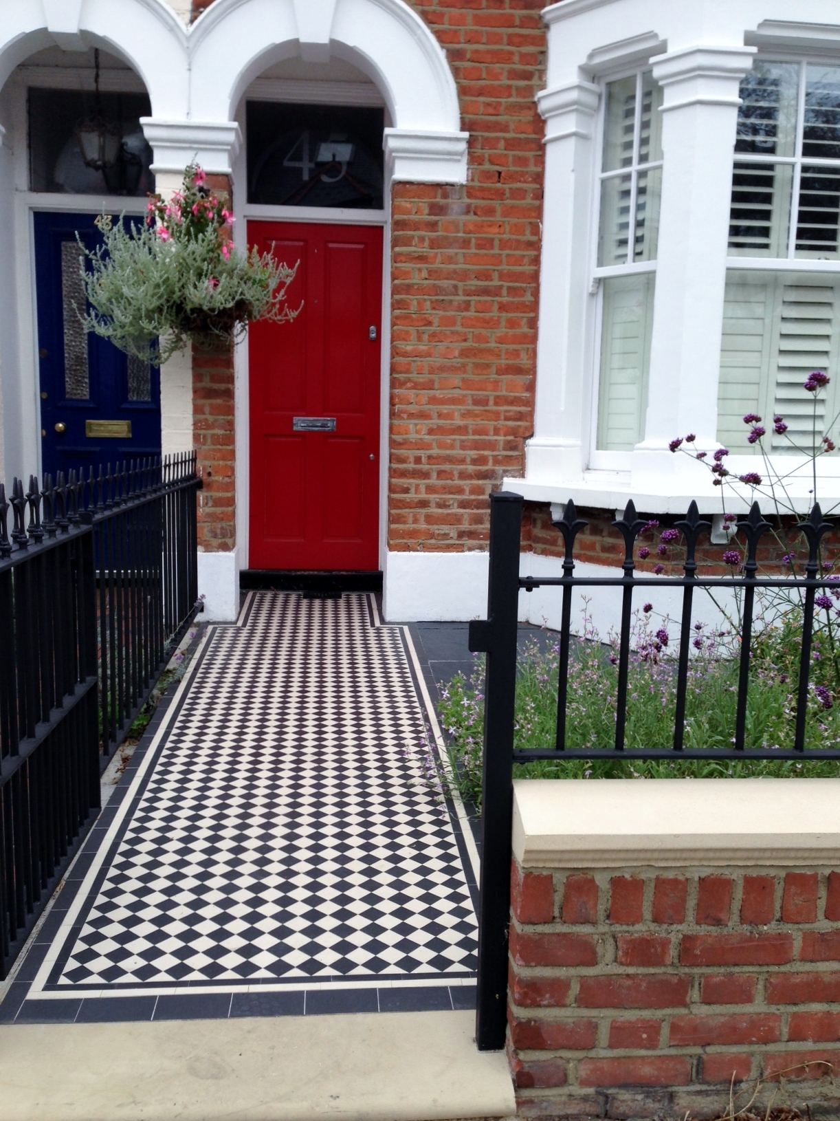 red garden brick wall london rail and gate victorian black and white mosaic tile path balham london (3)