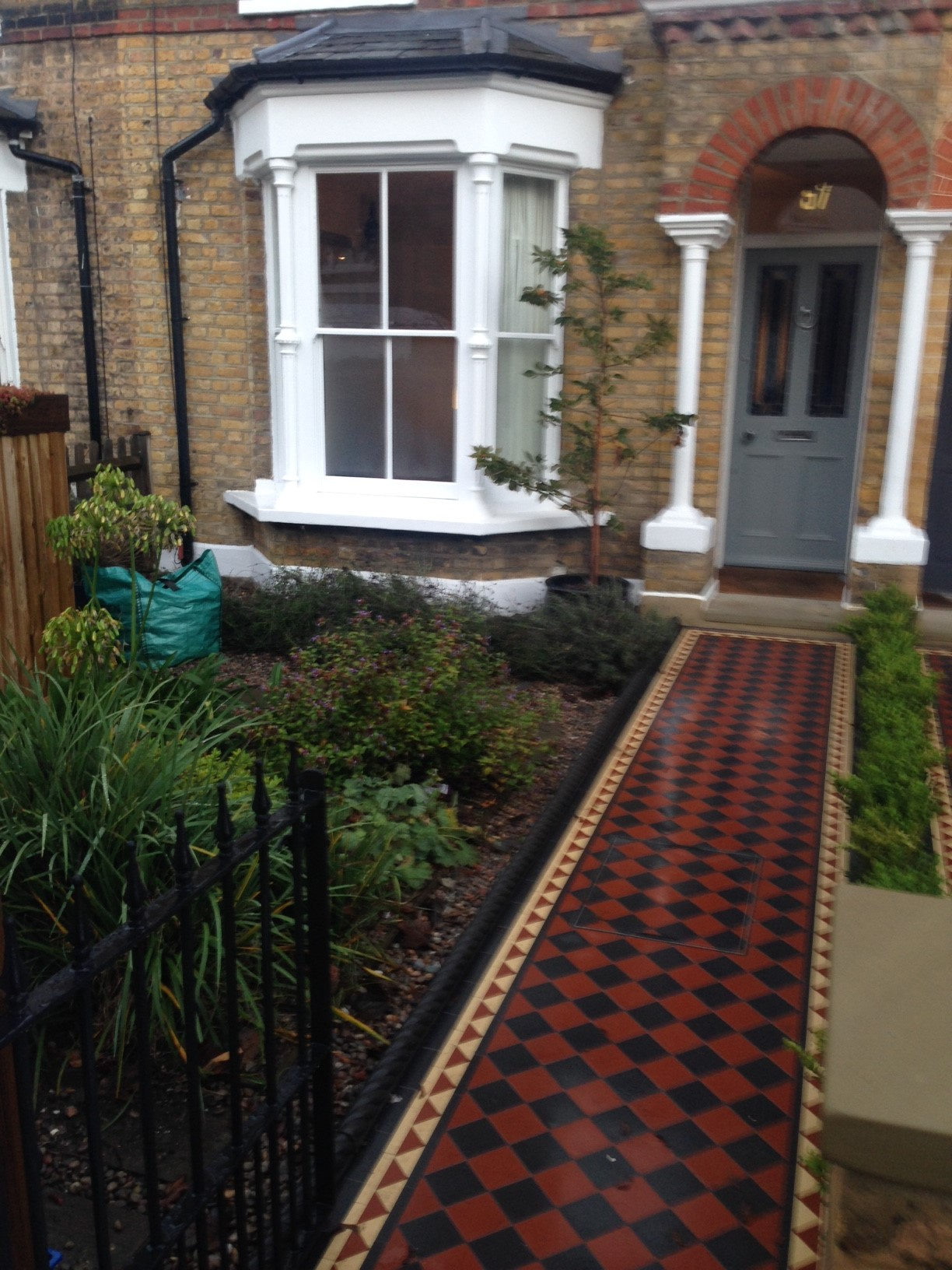 Brixton Herne Hill Victorian Mosaic Tile Path black and red tile with Yorkstone pier cap entrance stone and imperial yellow brick london stock wall (13)