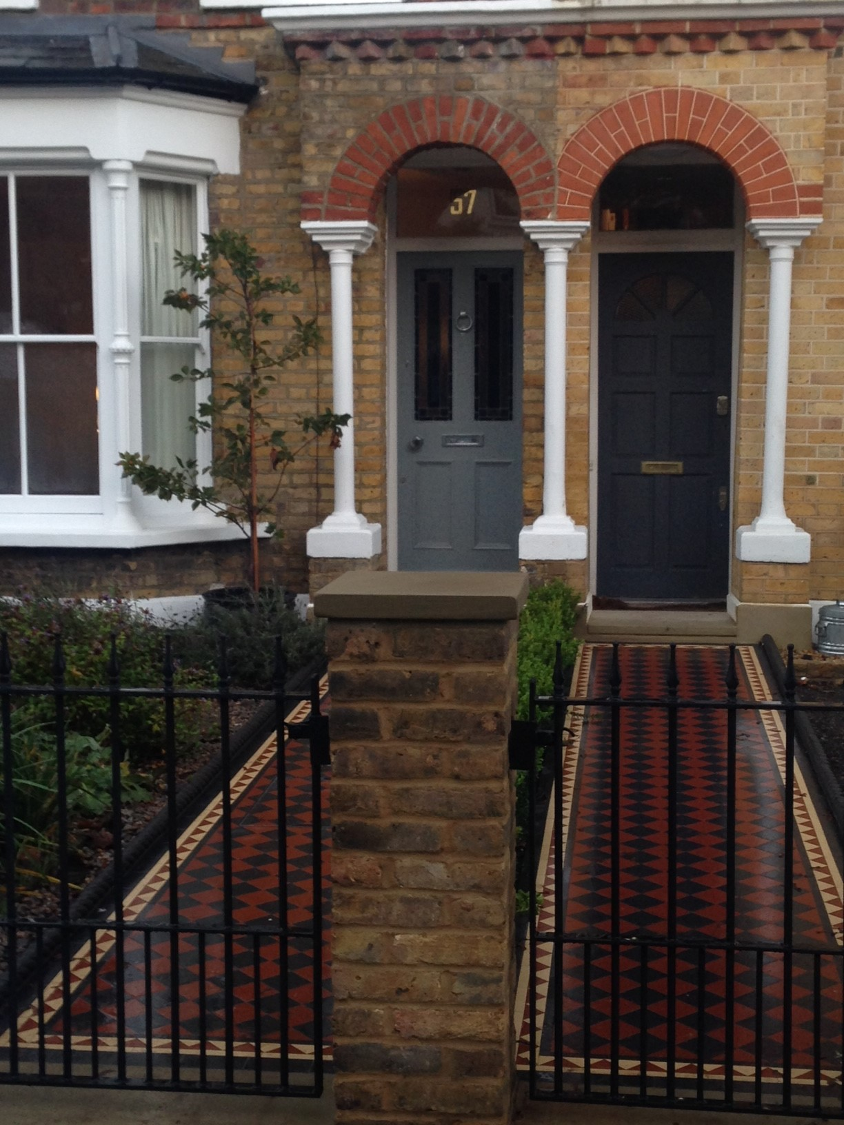 Brixton Herne Hill Victorian Mosaic Tile Path black and red tile with Yorkstone pier cap entrance stone and imperial yellow brick london stock wall (16)