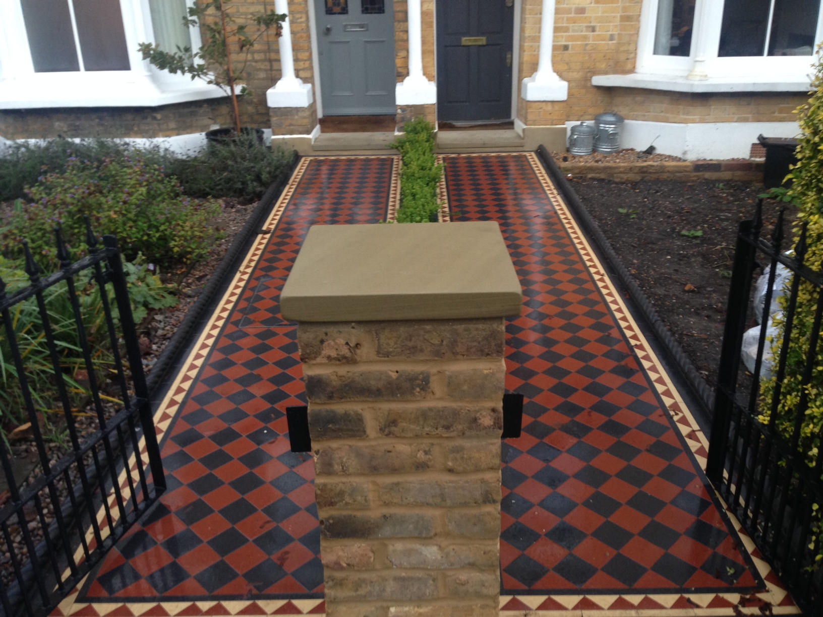 Brixton Herne Hill Victorian Mosaic Tile Path black and red tile with Yorkstone pier cap entrance stone and imperial yellow brick london stock wall (8)