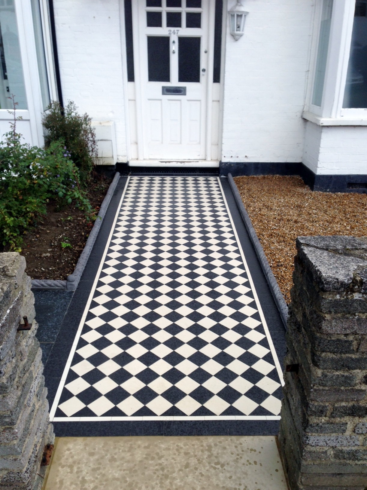 Victorian black and white mosaic tile garden path rope edge tile brockley lea catford london (1)