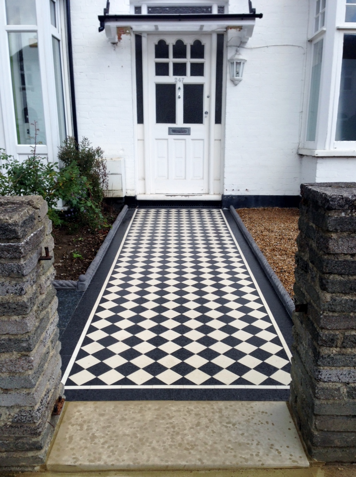 Victorian black and white mosaic tile garden path rope edge tile brockley lea catford london (6)