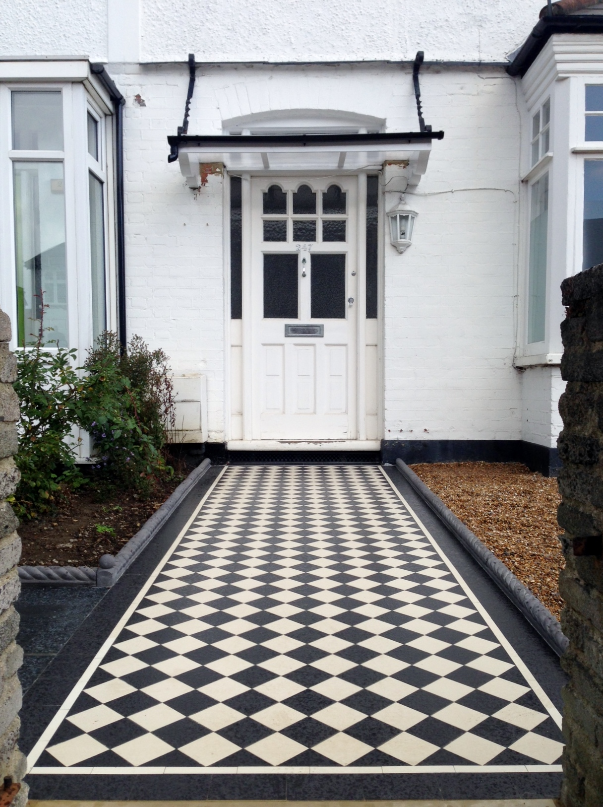 Victorian black and white mosaic tile garden path rope edge tile brockley lea catford london (8)