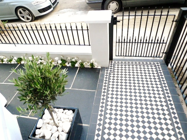 black and white victorian mosaic tile path garden wall metal agte and rail charcoal black paving clapham london (16)