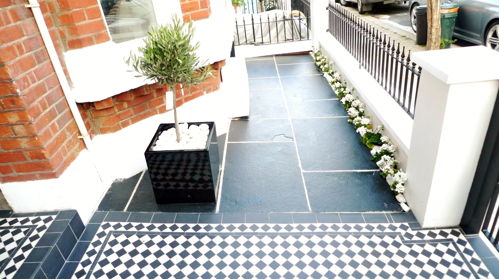black and white victorian mosaic tile path garden wall metal agte and rail charcoal black paving clapham london (7)