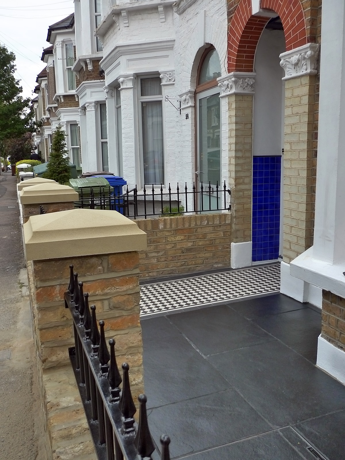 Dulwich And East Dulwich Victorian Black And White Mosaic Tile Path London Stock Brick Garden Wall Rails And Gate (11)