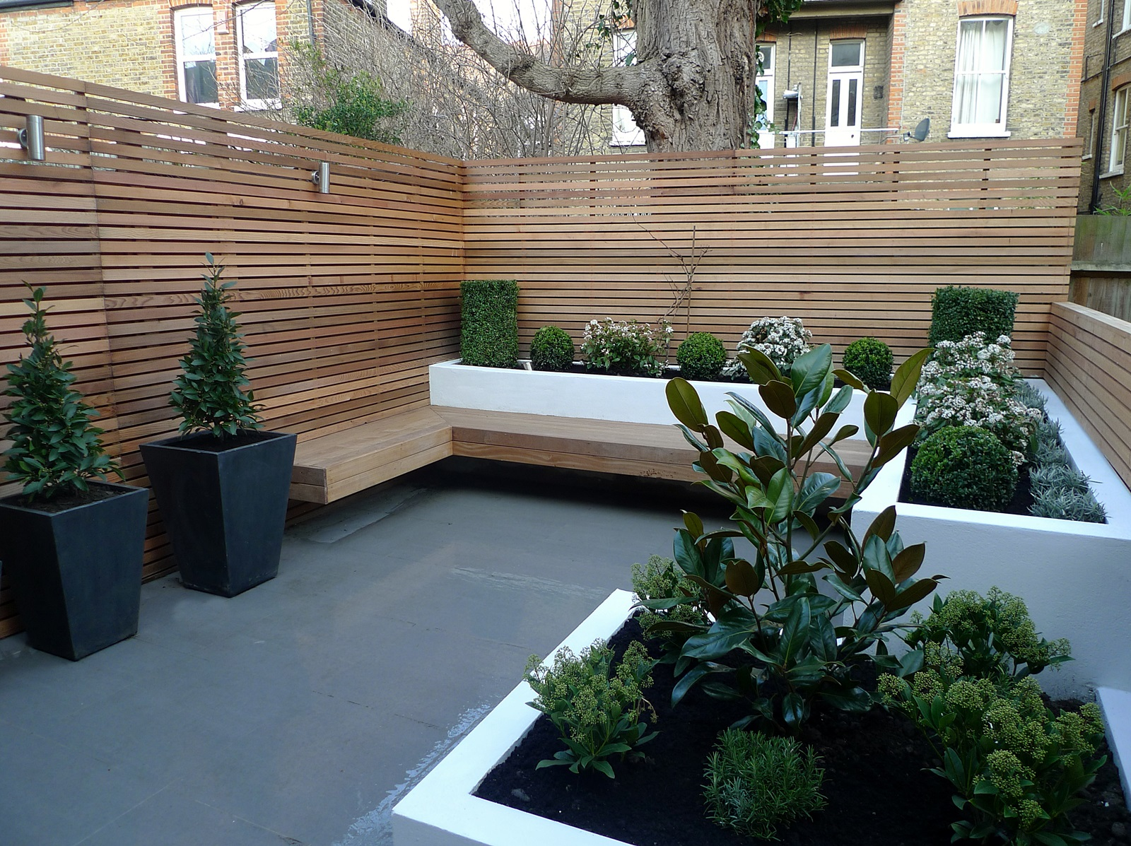 Garden design designer clapham balham battersea small for Low maintenance garden design