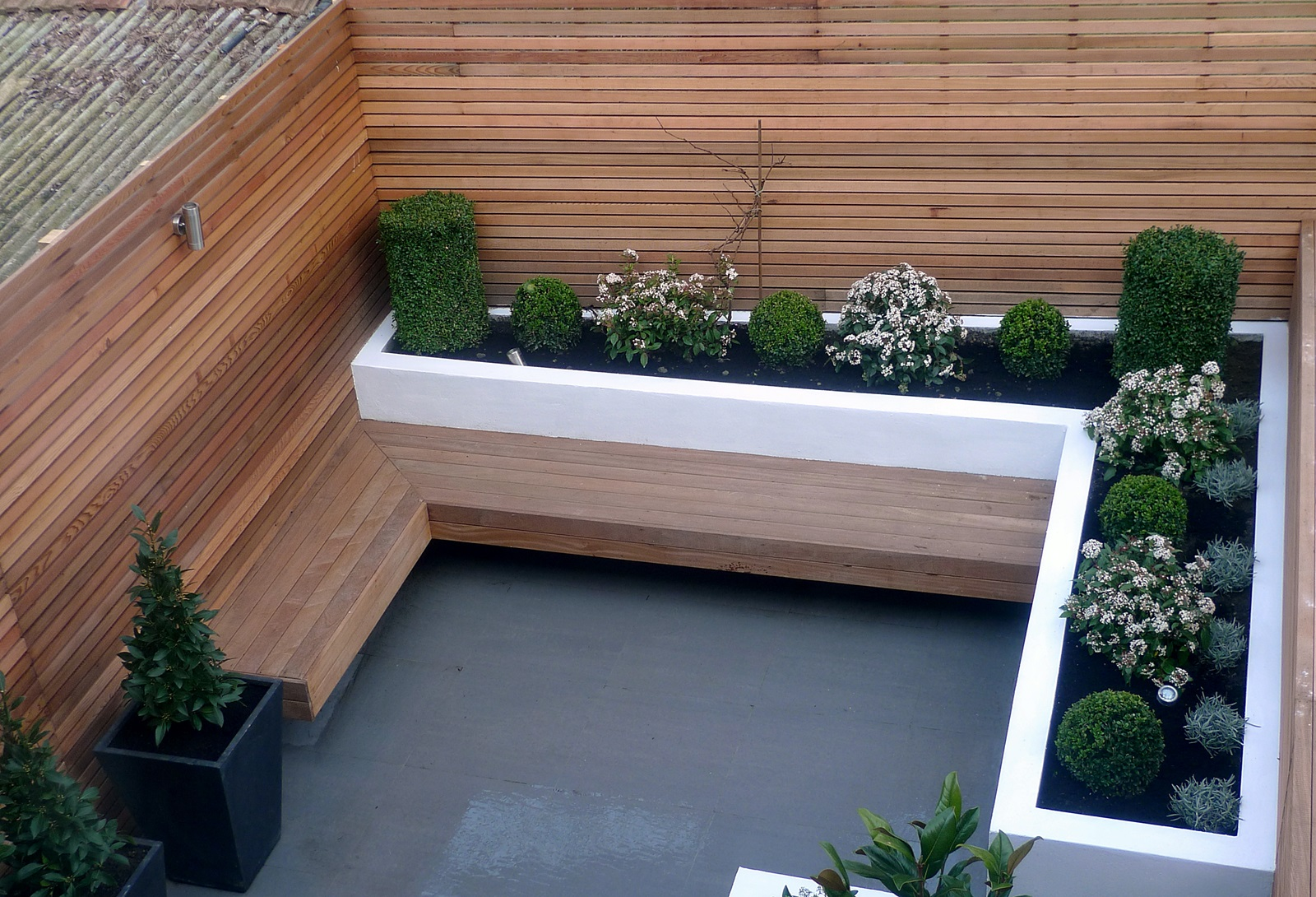 Garden design designer clapham balham battersea small for Small modern house garden design