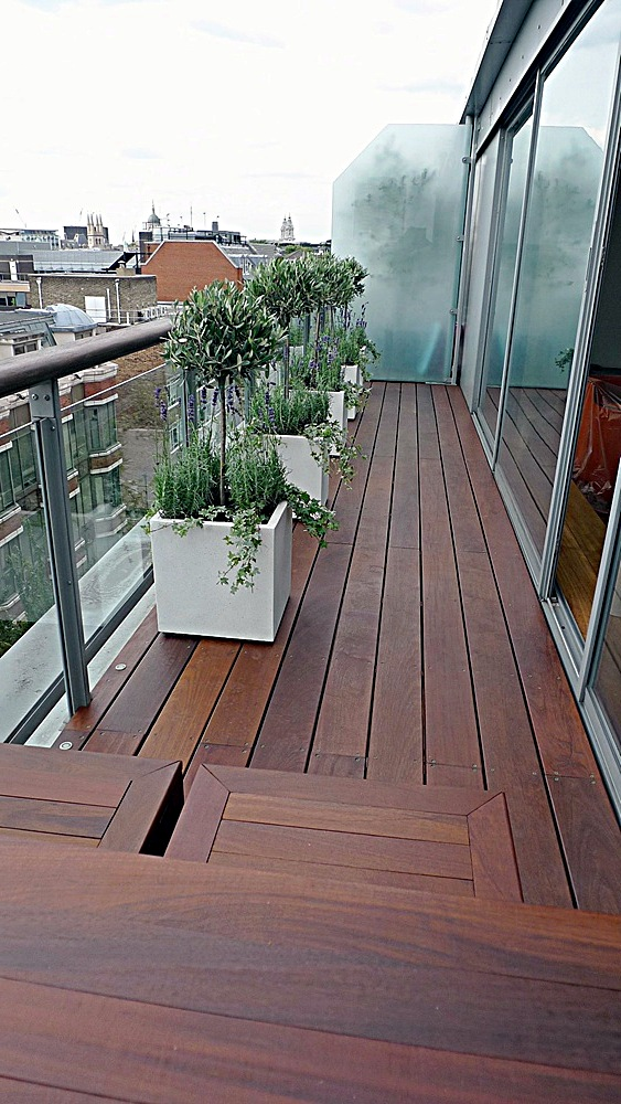 Ipe brazillian hardwood deck decking installation builders garden designers islington central london roof garden (3)