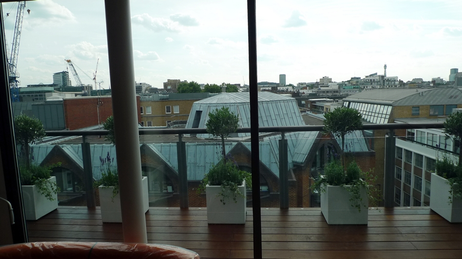 Ipe brazillian hardwood deck decking installation builders garden designers islington central london roof garden (4)