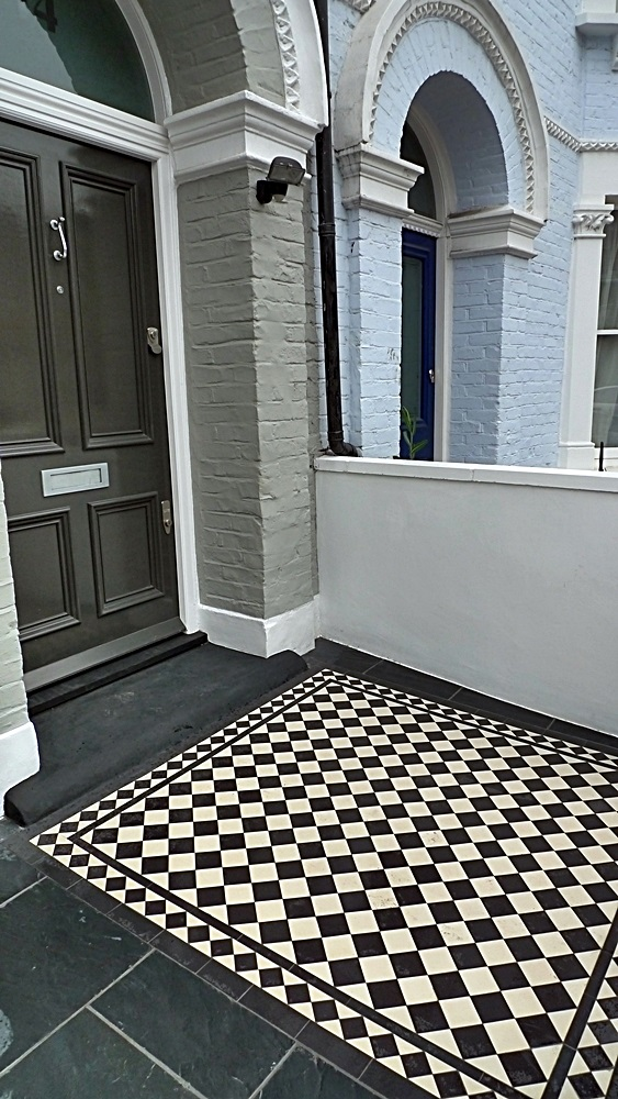 Victorian Mosaic tile path black and white 70mm tile with diamond border clapham batersea london (3)
