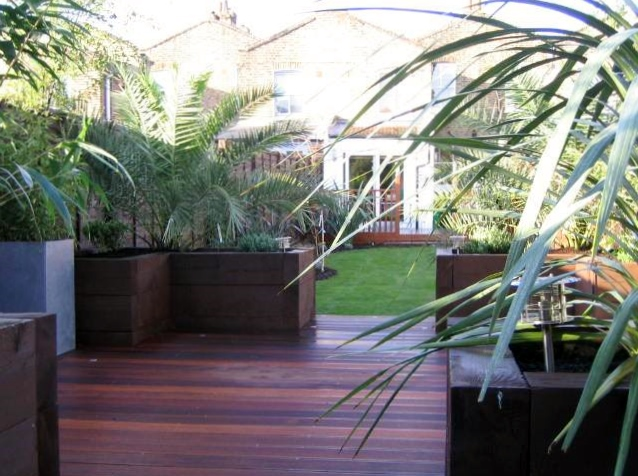london decking deck builders installers hardwood softwood garden design (22)