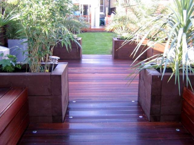 london decking deck builders installers hardwood softwood garden design (34)